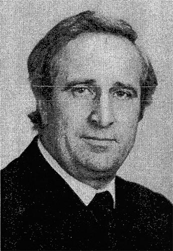 Rolf Plueschau